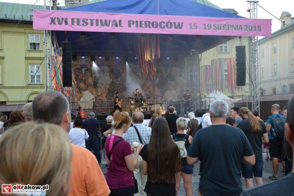 krakow_festiwal_pierogow_maly_rynek_koncert_cheap_tobacco (119)