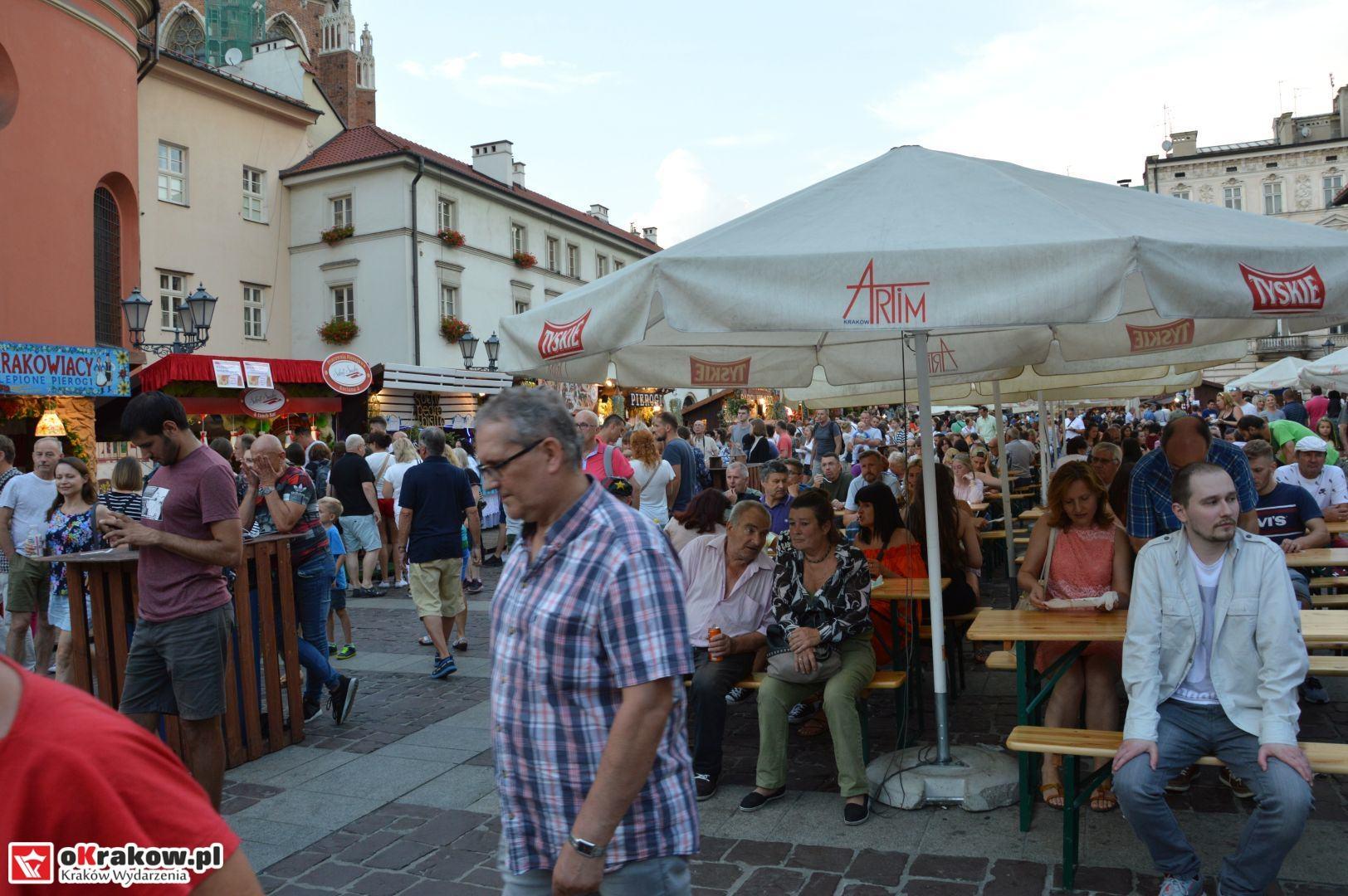 krakow festiwal pierogow maly rynek koncert cheap tobacco 121 150x150 - Galeria zdjęć Festiwal Pierogów Kraków 2018 + zdjęcia z koncertu Cheap Tobacco