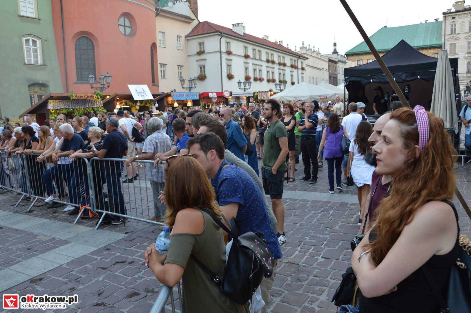 krakow festiwal pierogow maly rynek koncert cheap tobacco 123 150x150 - Galeria zdjęć Festiwal Pierogów Kraków 2018 + zdjęcia z koncertu Cheap Tobacco