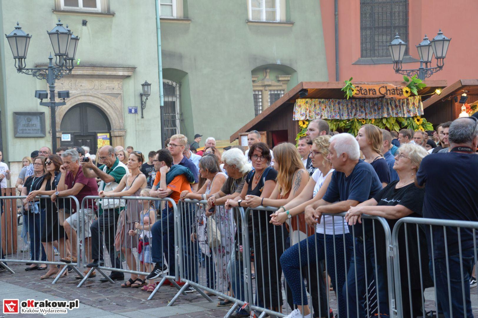 krakow festiwal pierogow maly rynek koncert cheap tobacco 125 150x150 - Galeria zdjęć Festiwal Pierogów Kraków 2018 + zdjęcia z koncertu Cheap Tobacco