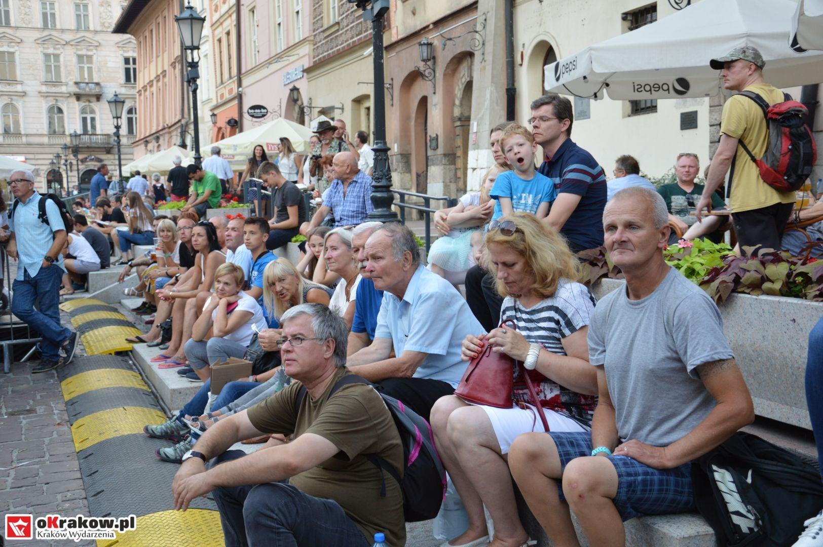 krakow festiwal pierogow maly rynek koncert cheap tobacco 127 150x150 - Galeria zdjęć Festiwal Pierogów Kraków 2018 + zdjęcia z koncertu Cheap Tobacco