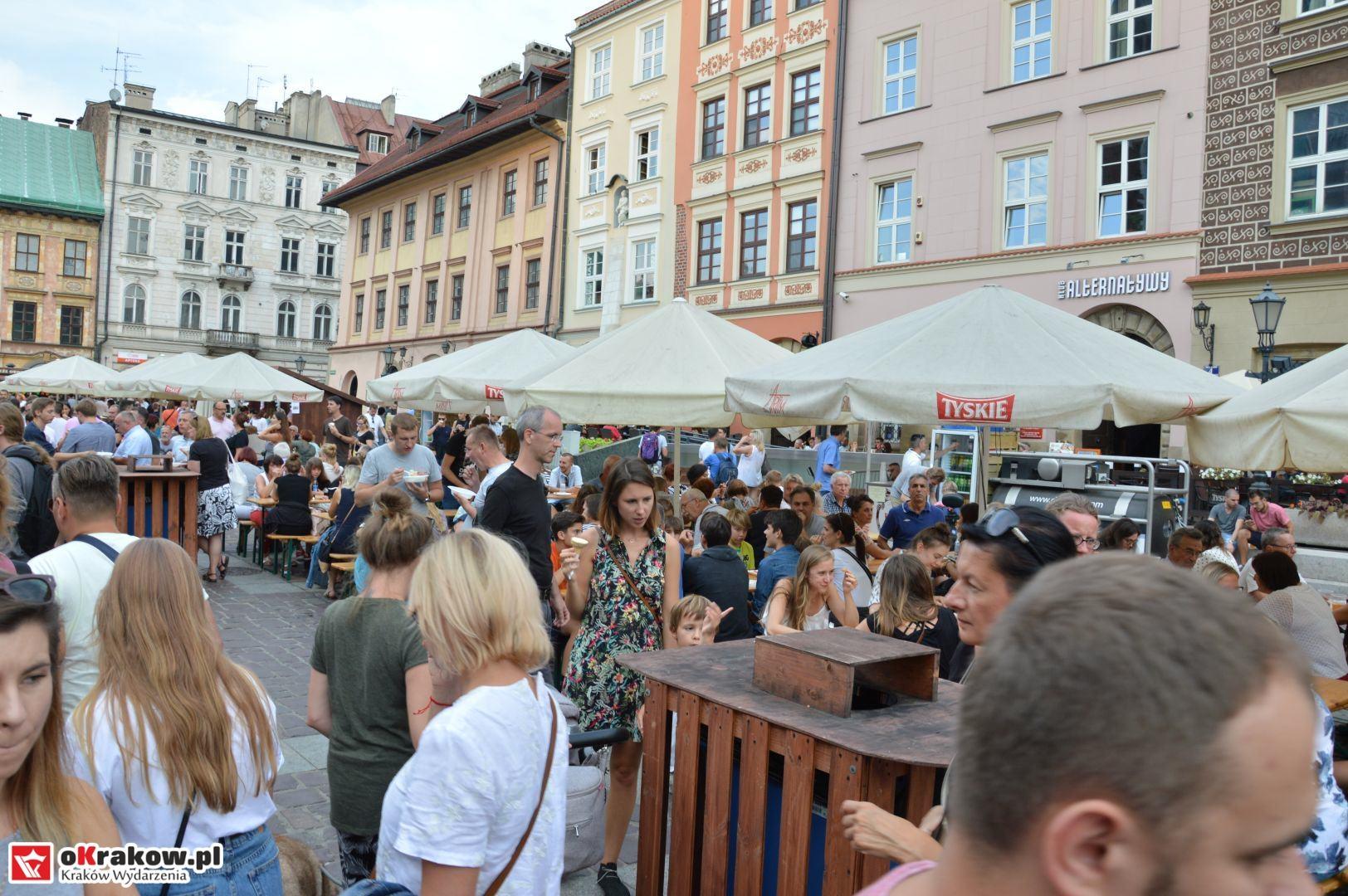krakow festiwal pierogow maly rynek koncert cheap tobacco 13 150x150 - Galeria zdjęć Festiwal Pierogów Kraków 2018 + zdjęcia z koncertu Cheap Tobacco