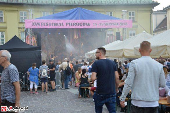 krakow_festiwal_pierogow_maly_rynek_koncert_cheap_tobacco (131)