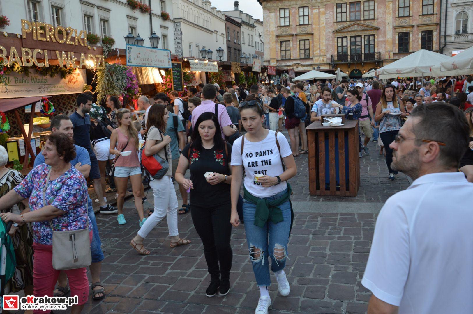 krakow festiwal pierogow maly rynek koncert cheap tobacco 134 150x150 - Galeria zdjęć Festiwal Pierogów Kraków 2018 + zdjęcia z koncertu Cheap Tobacco
