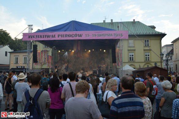 krakow_festiwal_pierogow_maly_rynek_koncert_cheap_tobacco (144)