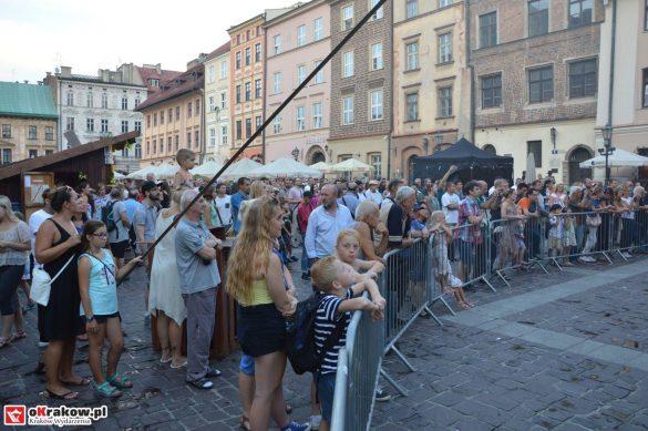 krakow_festiwal_pierogow_maly_rynek_koncert_cheap_tobacco (149)
