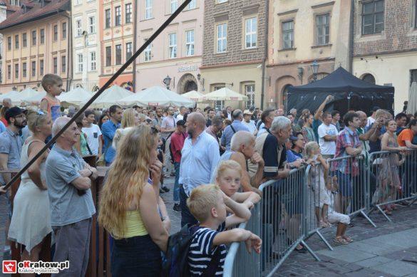 krakow_festiwal_pierogow_maly_rynek_koncert_cheap_tobacco (150)