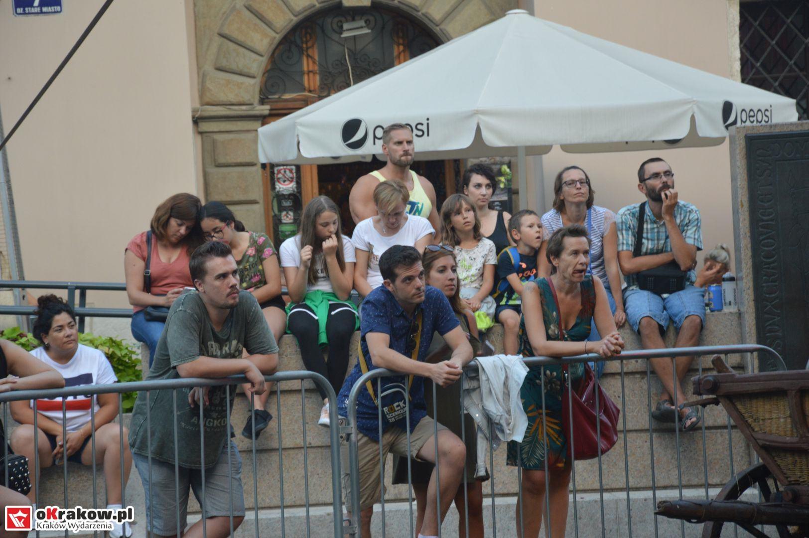 krakow festiwal pierogow maly rynek koncert cheap tobacco 157 150x150 - Galeria zdjęć Festiwal Pierogów Kraków 2018 + zdjęcia z koncertu Cheap Tobacco
