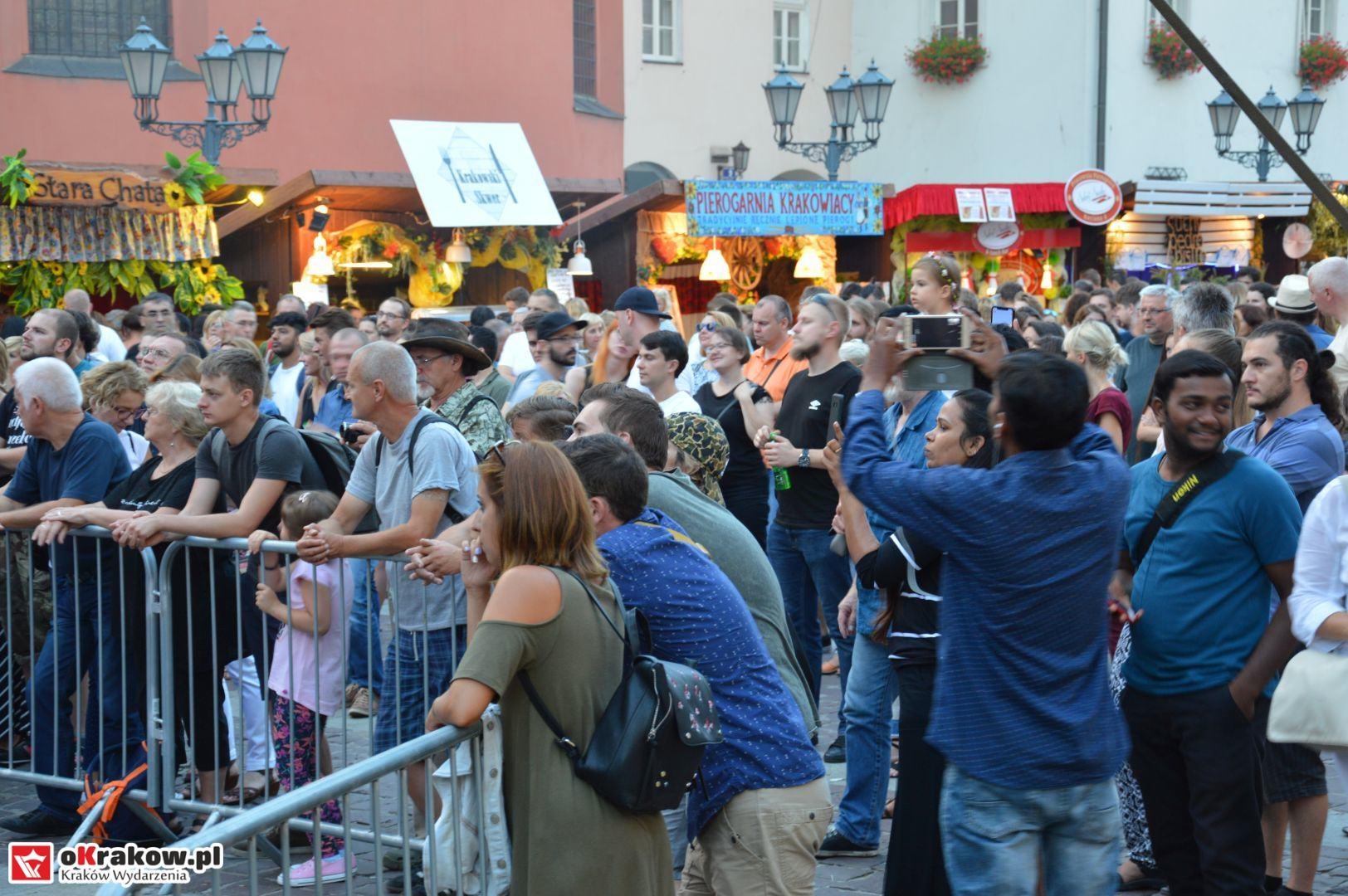 krakow festiwal pierogow maly rynek koncert cheap tobacco 164 150x150 - Galeria zdjęć Festiwal Pierogów Kraków 2018 + zdjęcia z koncertu Cheap Tobacco