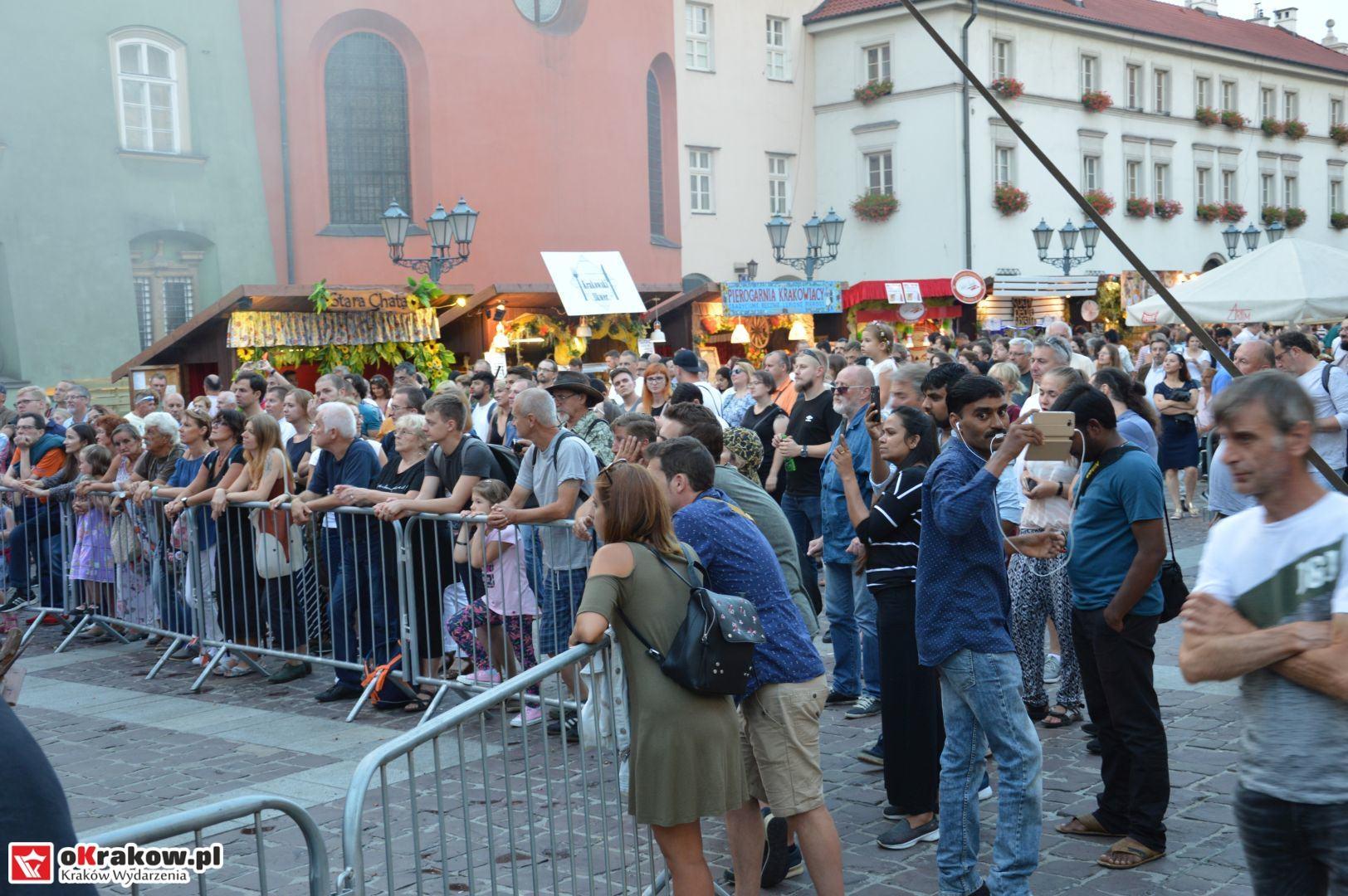 krakow festiwal pierogow maly rynek koncert cheap tobacco 166 150x150 - Galeria zdjęć Festiwal Pierogów Kraków 2018 + zdjęcia z koncertu Cheap Tobacco