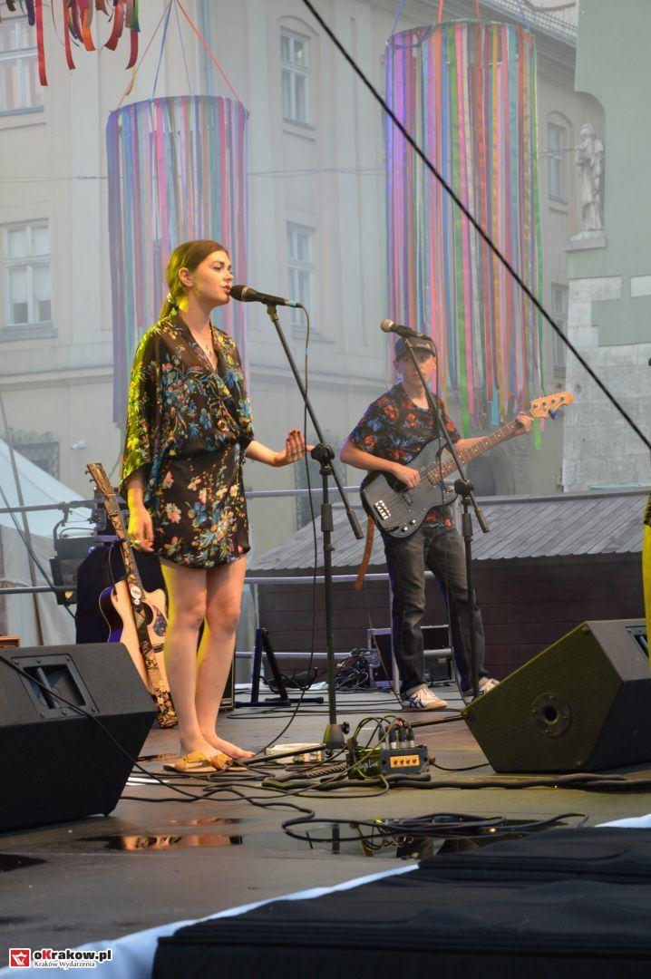 krakow festiwal pierogow maly rynek koncert cheap tobacco 171 150x150 - Galeria zdjęć Festiwal Pierogów Kraków 2018 + zdjęcia z koncertu Cheap Tobacco