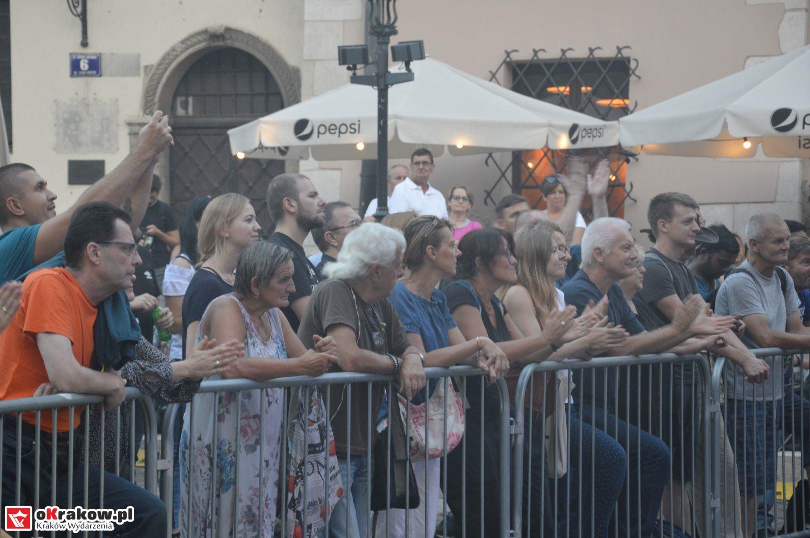 krakow festiwal pierogow maly rynek koncert cheap tobacco 175 150x150 - Galeria zdjęć Festiwal Pierogów Kraków 2018 + zdjęcia z koncertu Cheap Tobacco