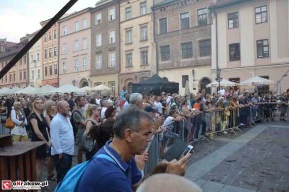 krakow_festiwal_pierogow_maly_rynek_koncert_cheap_tobacco (176)