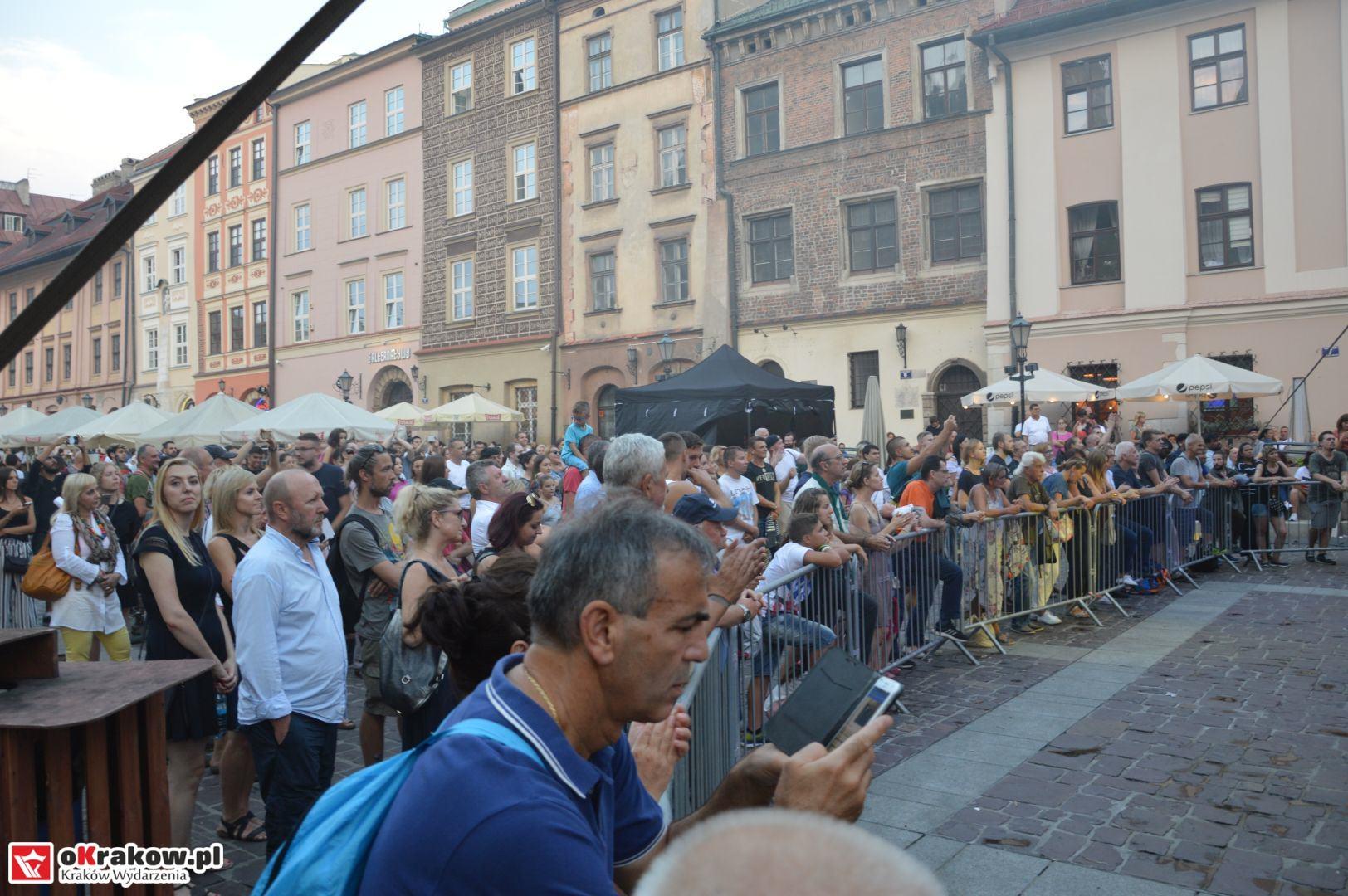 krakow festiwal pierogow maly rynek koncert cheap tobacco 176 150x150 - Galeria zdjęć Festiwal Pierogów Kraków 2018 + zdjęcia z koncertu Cheap Tobacco