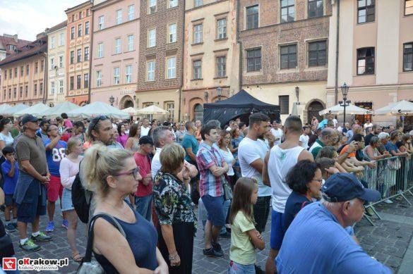 krakow_festiwal_pierogow_maly_rynek_koncert_cheap_tobacco (177)