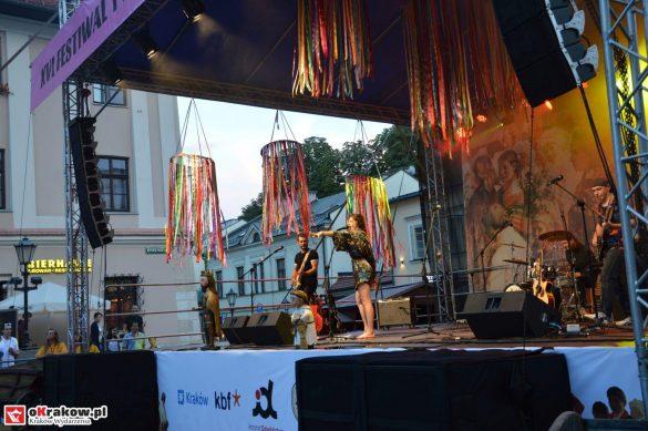 krakow_festiwal_pierogow_maly_rynek_koncert_cheap_tobacco (180)