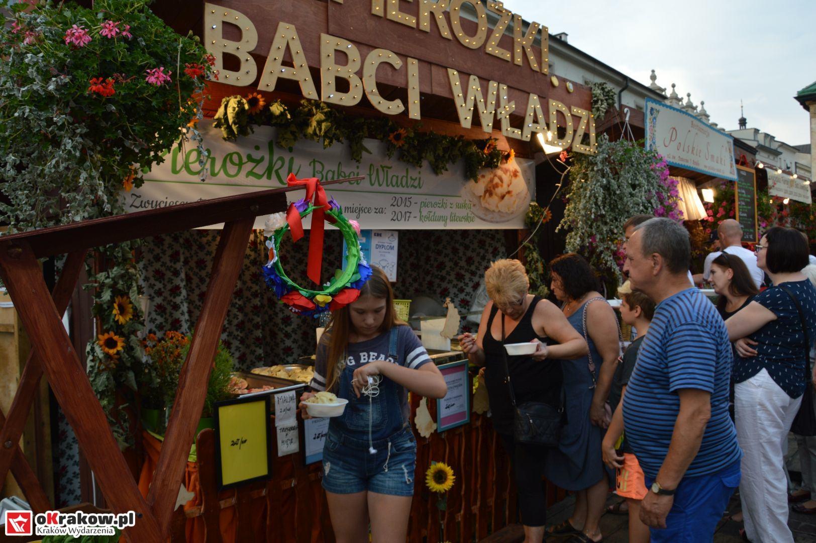 krakow festiwal pierogow maly rynek koncert cheap tobacco 24 150x150 - Galeria zdjęć Festiwal Pierogów Kraków 2018 + zdjęcia z koncertu Cheap Tobacco