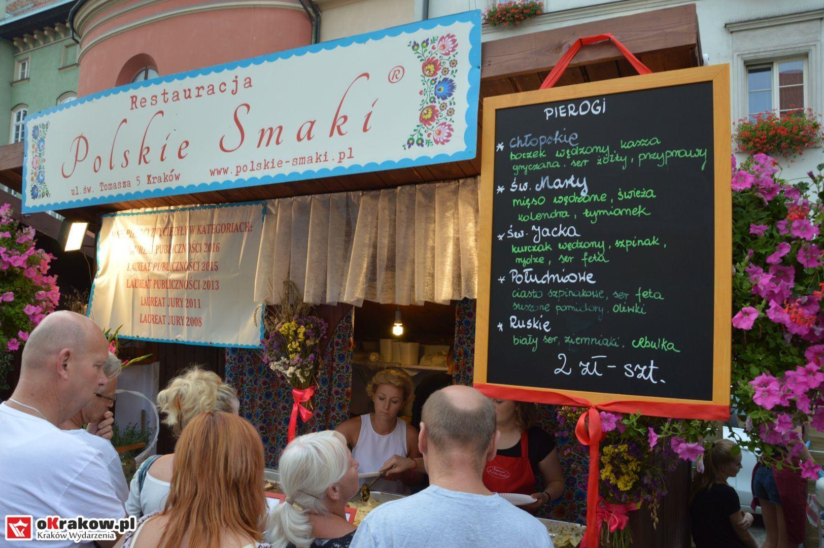 krakow festiwal pierogow maly rynek koncert cheap tobacco 25 150x150 - Galeria zdjęć Festiwal Pierogów Kraków 2018 + zdjęcia z koncertu Cheap Tobacco