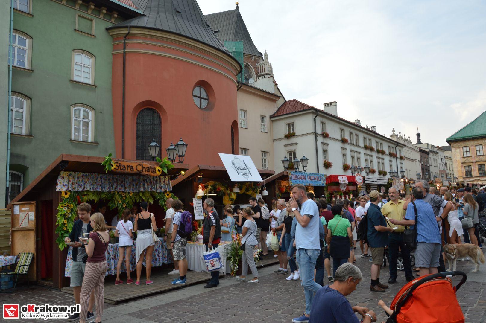 krakow festiwal pierogow maly rynek koncert cheap tobacco 3 150x150 - Galeria zdjęć Festiwal Pierogów Kraków 2018 + zdjęcia z koncertu Cheap Tobacco