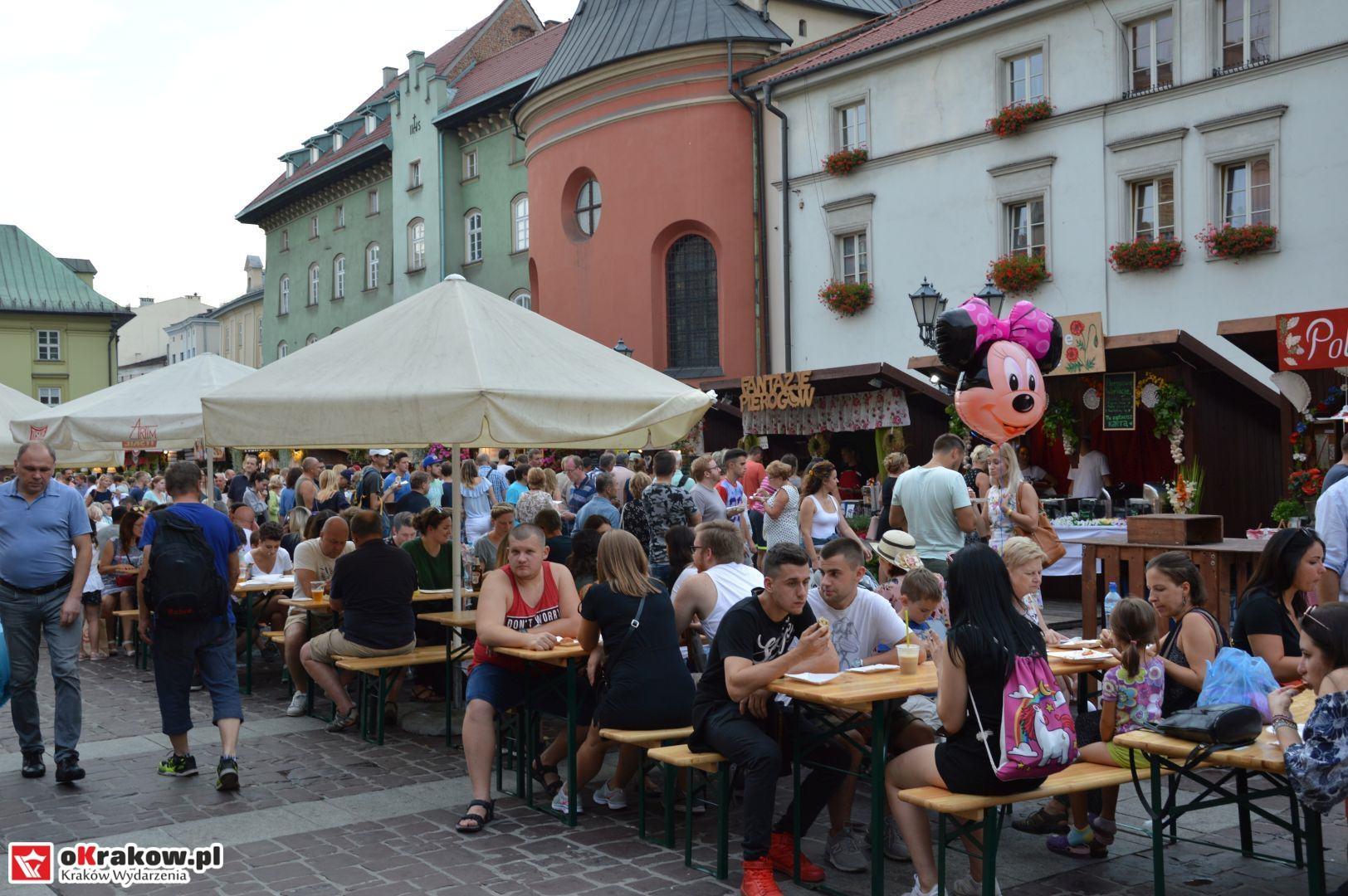 krakow festiwal pierogow maly rynek koncert cheap tobacco 46 150x150 - Galeria zdjęć Festiwal Pierogów Kraków 2018 + zdjęcia z koncertu Cheap Tobacco