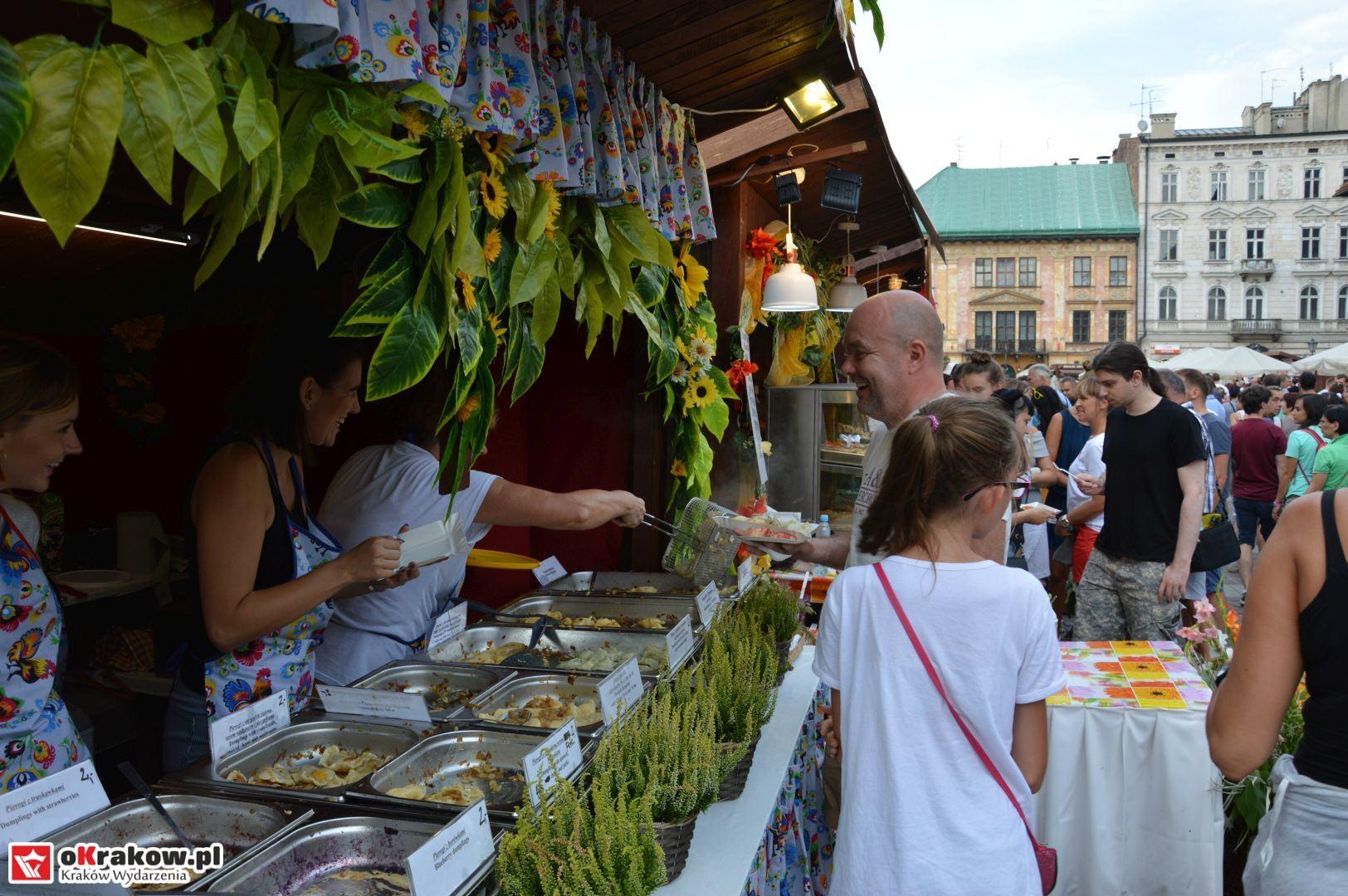 krakow festiwal pierogow maly rynek koncert cheap tobacco 5 150x150 - Galeria zdjęć Festiwal Pierogów Kraków 2018 + zdjęcia z koncertu Cheap Tobacco