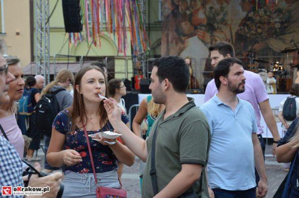 krakow_festiwal_pierogow_maly_rynek_koncert_cheap_tobacco (62)