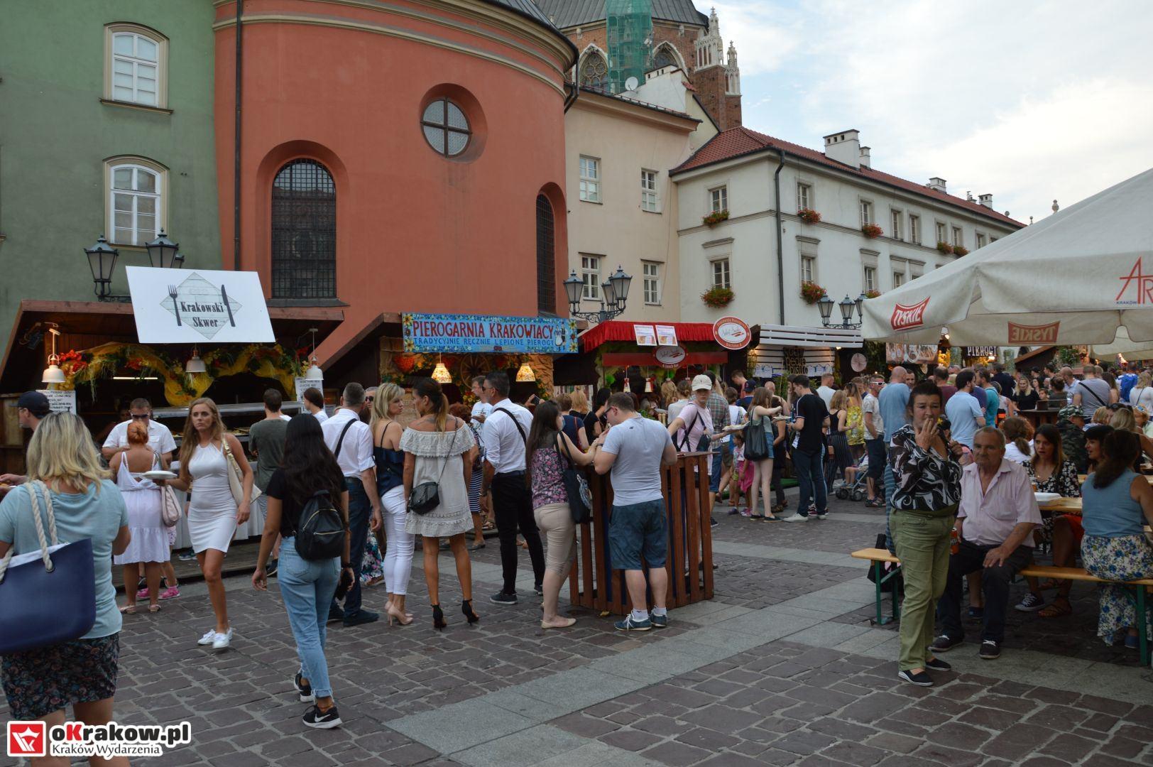 krakow festiwal pierogow maly rynek koncert cheap tobacco 68 150x150 - Galeria zdjęć Festiwal Pierogów Kraków 2018 + zdjęcia z koncertu Cheap Tobacco