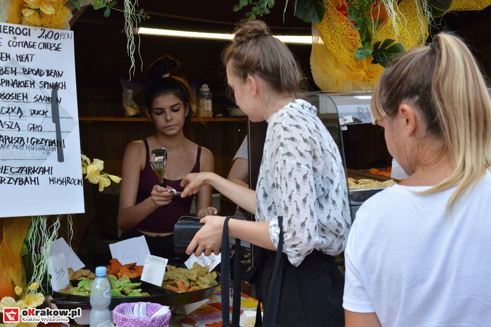 krakow festiwal pierogow maly rynek koncert cheap tobacco 7 150x150 - Galeria zdjęć Festiwal Pierogów Kraków 2018 + zdjęcia z koncertu Cheap Tobacco