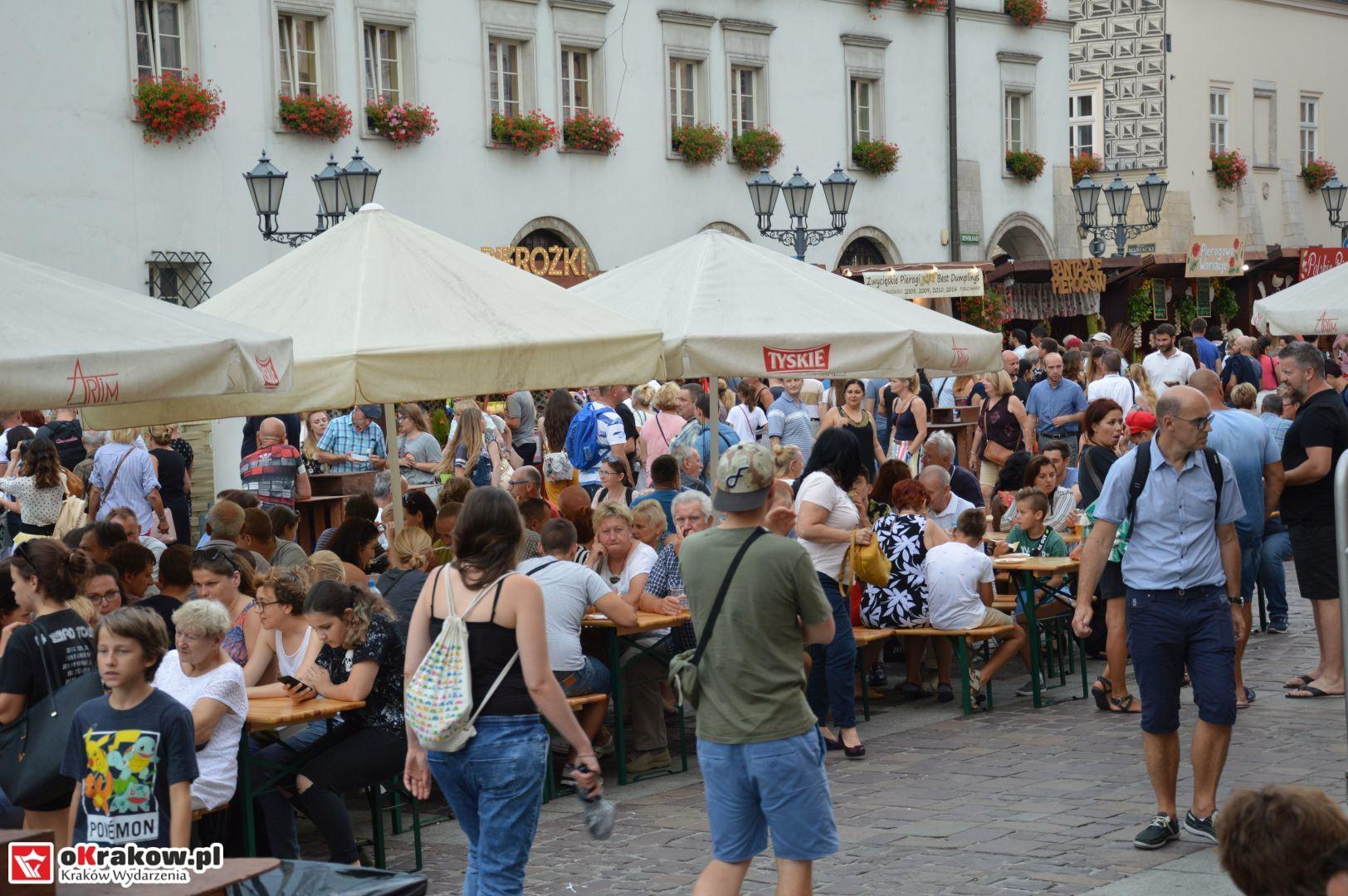 krakow festiwal pierogow maly rynek koncert cheap tobacco 71 150x150 - Galeria zdjęć Festiwal Pierogów Kraków 2018 + zdjęcia z koncertu Cheap Tobacco