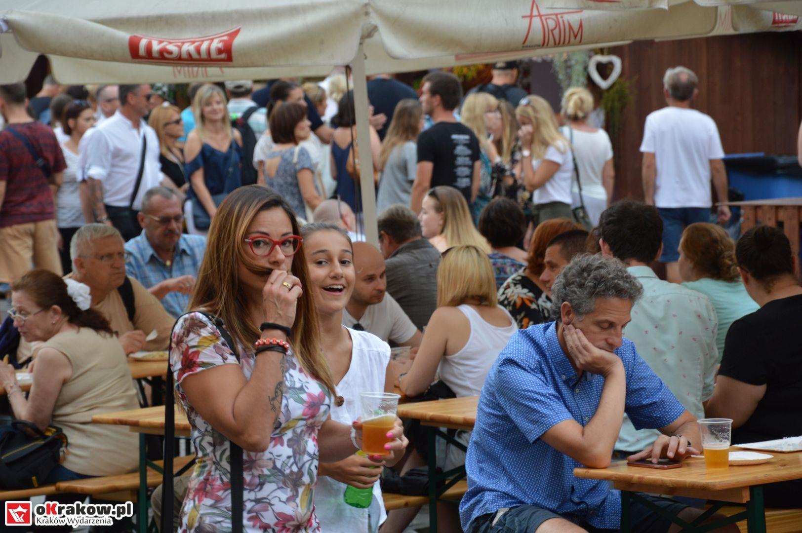 krakow festiwal pierogow maly rynek koncert cheap tobacco 73 150x150 - Galeria zdjęć Festiwal Pierogów Kraków 2018 + zdjęcia z koncertu Cheap Tobacco