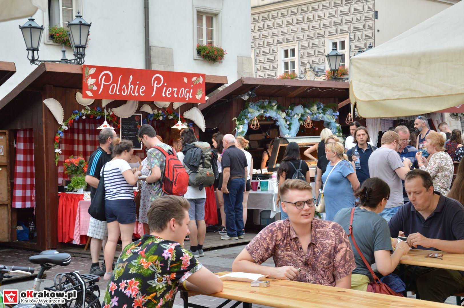 krakow festiwal pierogow maly rynek koncert cheap tobacco 75 150x150 - Galeria zdjęć Festiwal Pierogów Kraków 2018 + zdjęcia z koncertu Cheap Tobacco