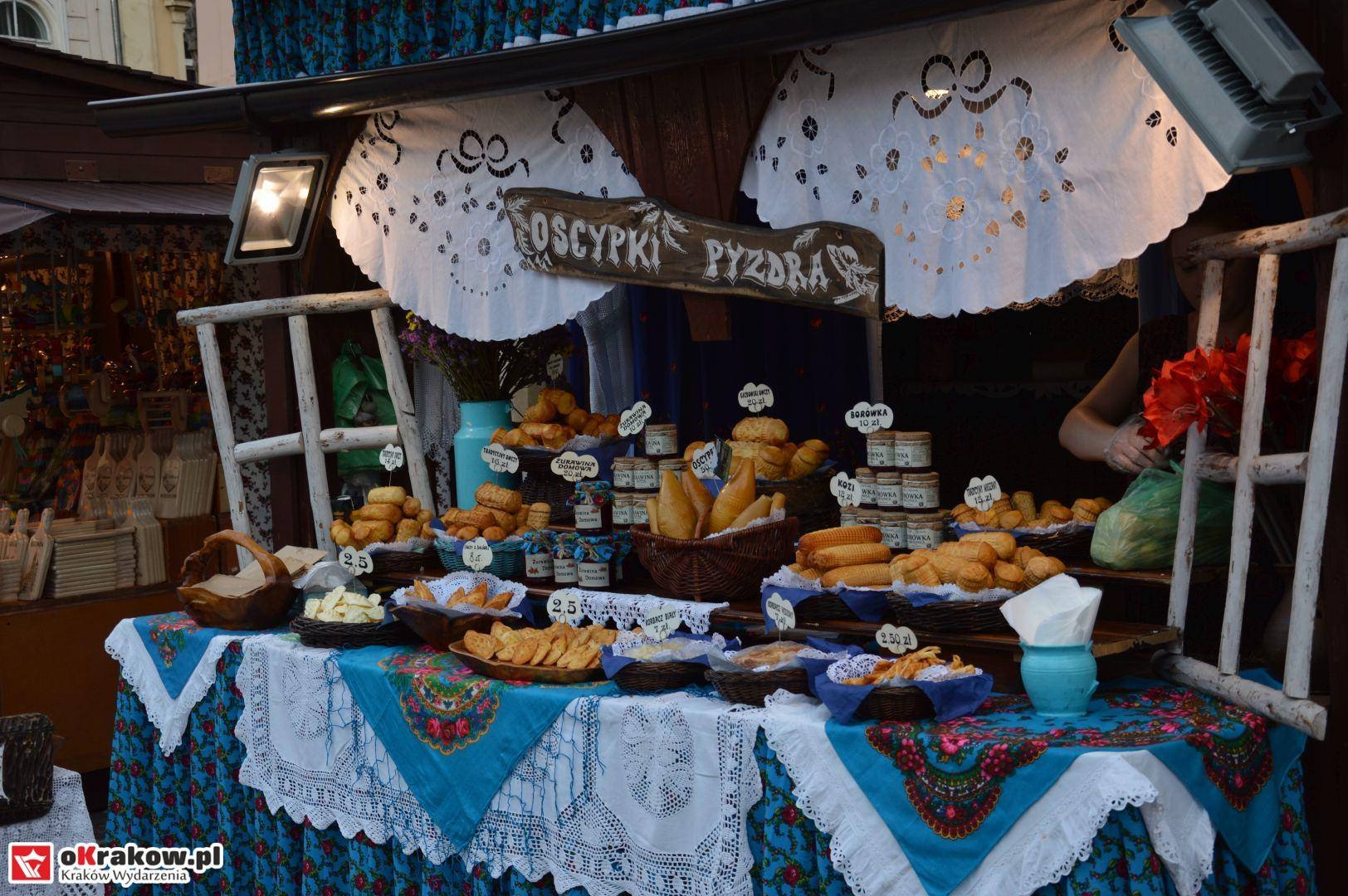 krakow festiwal pierogow maly rynek koncert cheap tobacco 76 150x150 - Galeria zdjęć Festiwal Pierogów Kraków 2018 + zdjęcia z koncertu Cheap Tobacco