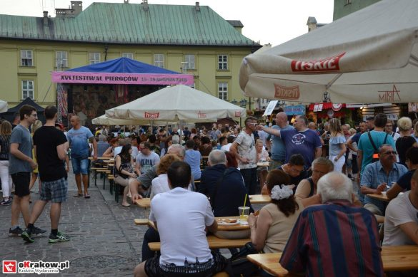 krakow_festiwal_pierogow_maly_rynek_koncert_cheap_tobacco (79)