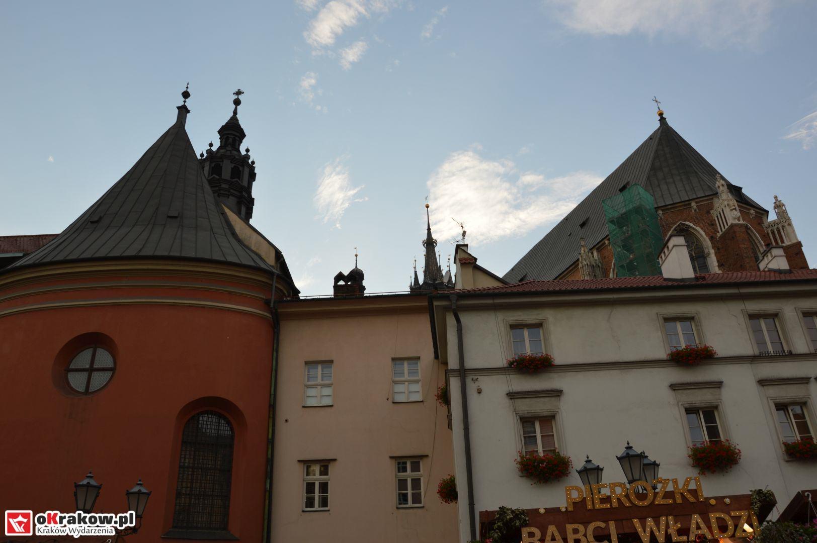 krakow festiwal pierogow maly rynek koncert cheap tobacco 81 150x150 - Galeria zdjęć Festiwal Pierogów Kraków 2018 + zdjęcia z koncertu Cheap Tobacco