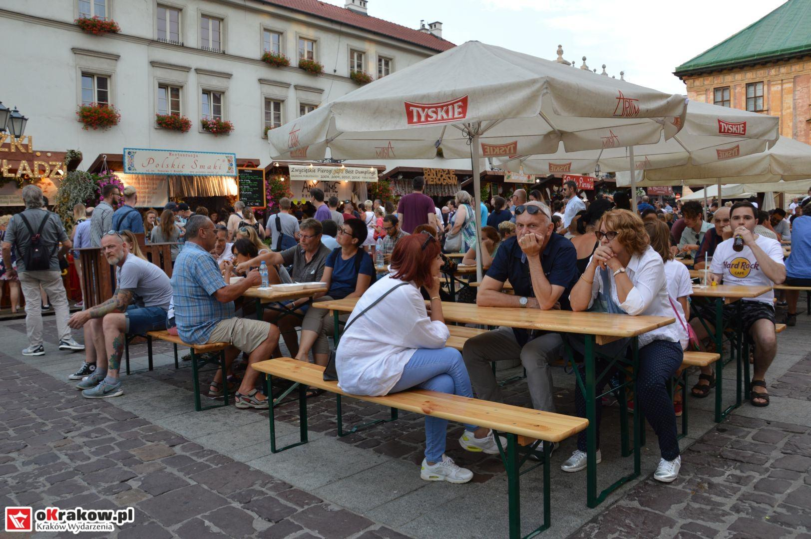 krakow festiwal pierogow maly rynek koncert cheap tobacco 83 150x150 - Galeria zdjęć Festiwal Pierogów Kraków 2018 + zdjęcia z koncertu Cheap Tobacco