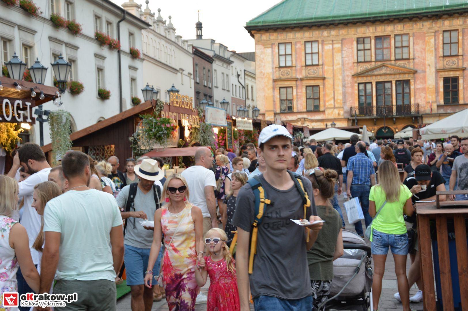 krakow festiwal pierogow maly rynek koncert cheap tobacco 86 150x150 - Galeria zdjęć Festiwal Pierogów Kraków 2018 + zdjęcia z koncertu Cheap Tobacco