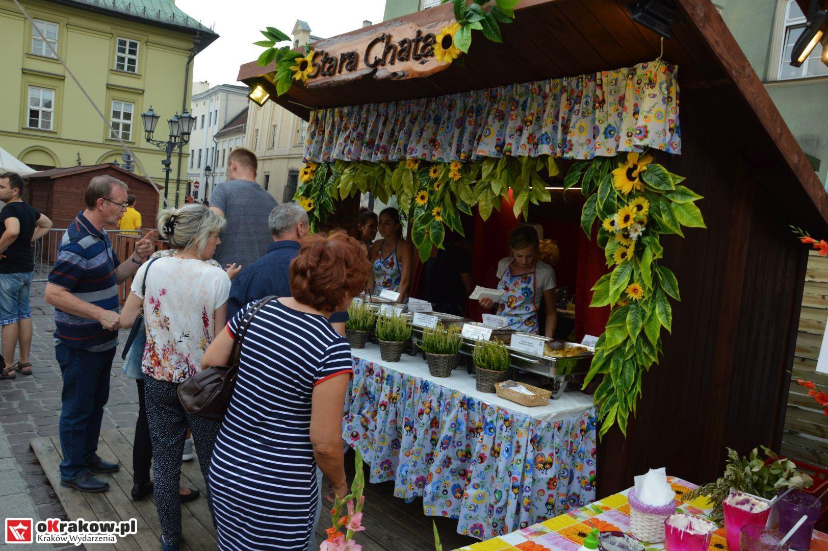 krakow festiwal pierogow maly rynek koncert cheap tobacco 91 150x150 - Galeria zdjęć Festiwal Pierogów Kraków 2018 + zdjęcia z koncertu Cheap Tobacco