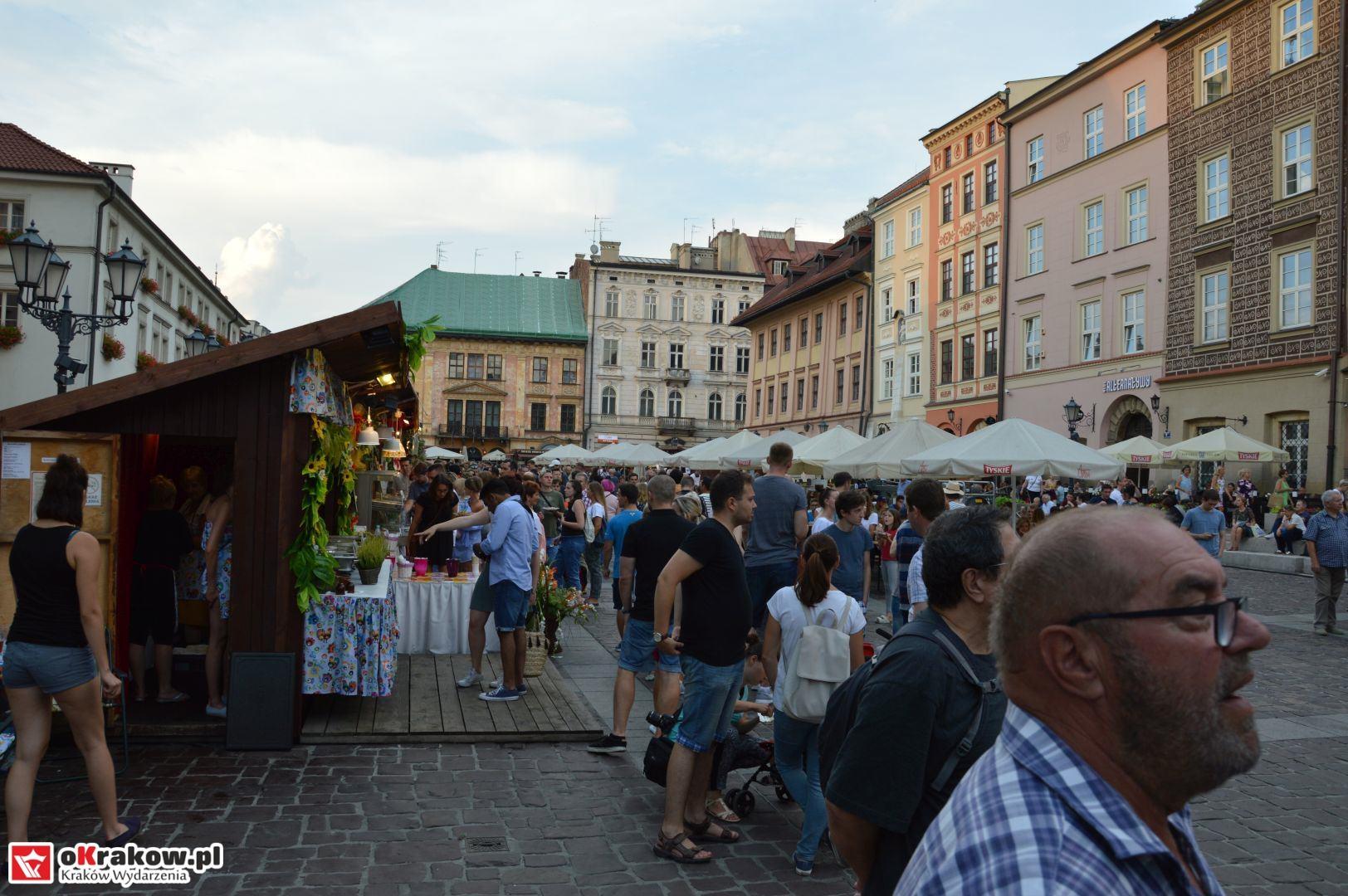 krakow festiwal pierogow maly rynek koncert cheap tobacco 96 150x150 - Galeria zdjęć Festiwal Pierogów Kraków 2018 + zdjęcia z koncertu Cheap Tobacco