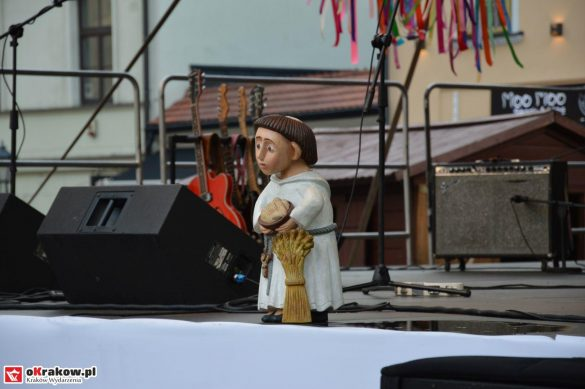 krakow_festiwal_pierogow_maly_rynek_koncert_cheap_tobacco (97)