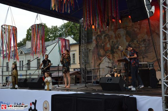 krakow_festiwal_pierogow_maly_rynek_koncert_cheap_tobacco (99)
