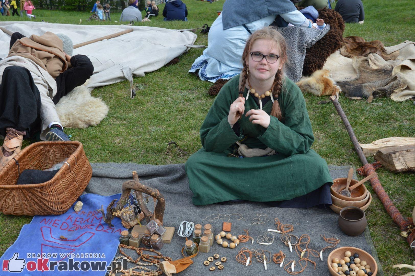 Obszerna galeria zdjęć z Tradycyjnego Święta Rękawki na Kopcu Krakusa