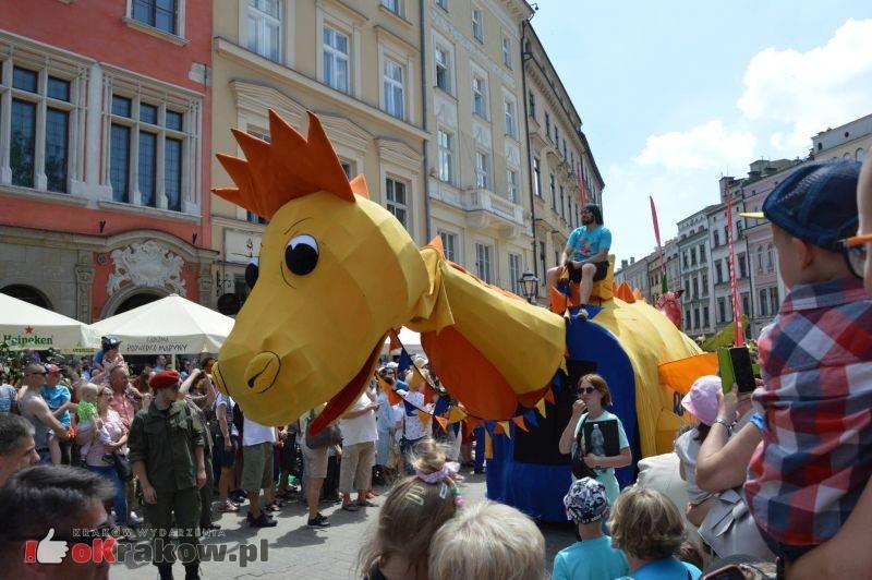 Parada Smoków przeszła przez Kraków. Obszerna galeria zdjęć – 2 czerwca 2019 w Krakowie