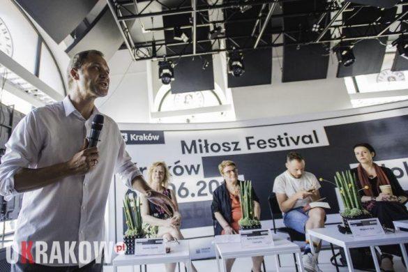 antologia poetek jidysz fot.monika stolarska dla kbf 585x390 - Krakowski Festiwal Miłosza już za nami. Jak wyglądała jego ósma edycja?