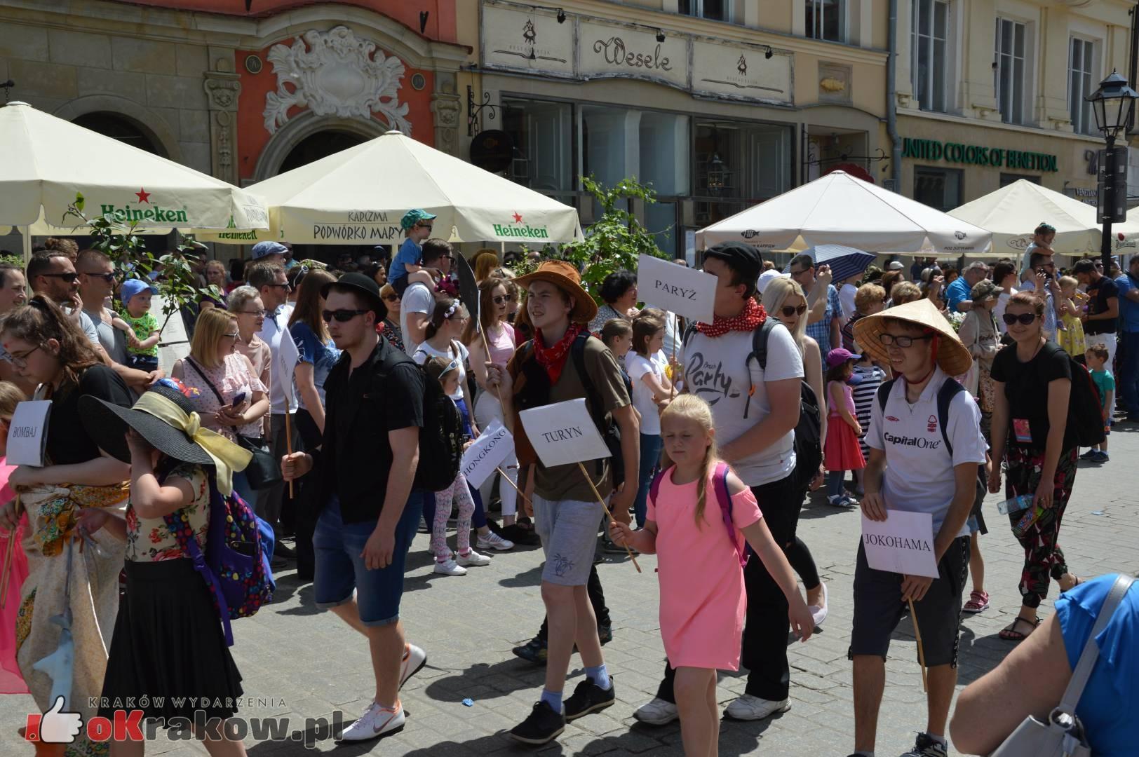 wielka parada smokow przeszla przez krakow w 40 smokow do okola swiata 2019 243 150x150 - Parada Smoków przeszła przez Kraków. Obszerna galeria zdjęć - 2 czerwca 2019 w Krakowie