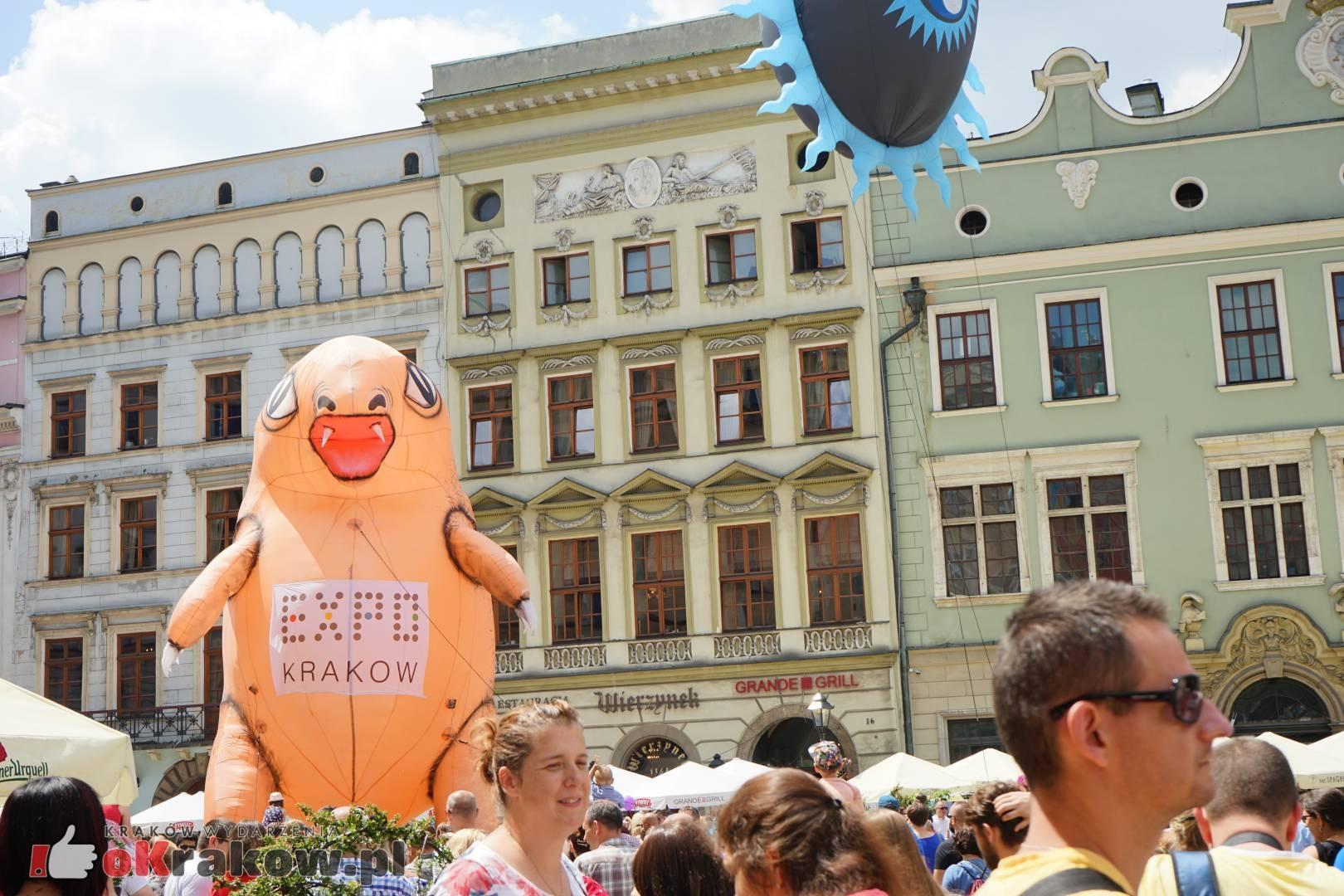 wielka parada smokow przeszla przez krakow w 40 smokow do okola swiata 2019 4 150x150 - Parada Smoków przeszła przez Kraków. Obszerna galeria zdjęć - 2 czerwca 2019 w Krakowie