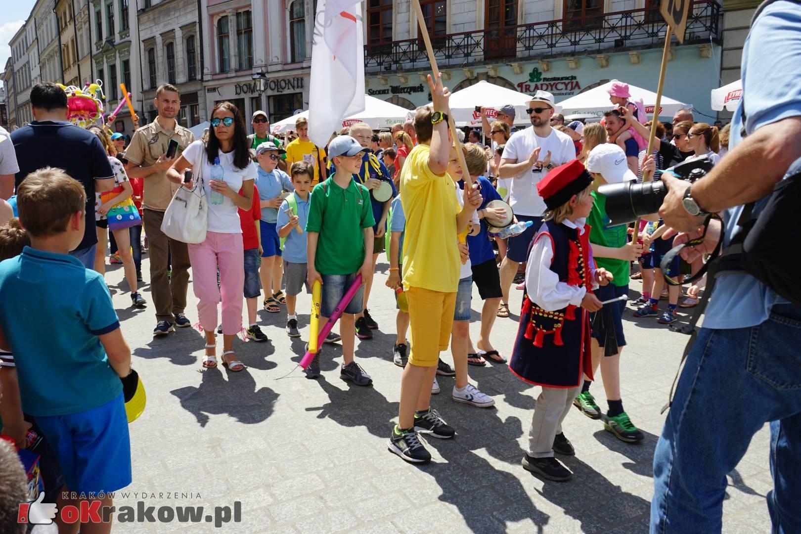 wielka parada smokow przeszla przez krakow w 40 smokow do okola swiata 2019 47 150x150 - Parada Smoków przeszła przez Kraków. Obszerna galeria zdjęć - 2 czerwca 2019 w Krakowie
