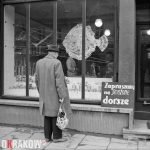 Ulica Karmelicka - sklep rybny, Józef Lewicki, Kraków, lata 60-te XX w., MHK-8744/N/2