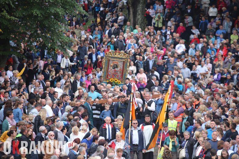archidiecezja krakowska - BÓG WSPÓŁDZIAŁA WE WSZYSTKIM Z TYMI, KTÓRZY GO MIŁUJĄ. - ABP MAREK JĘDRASZEWSKI