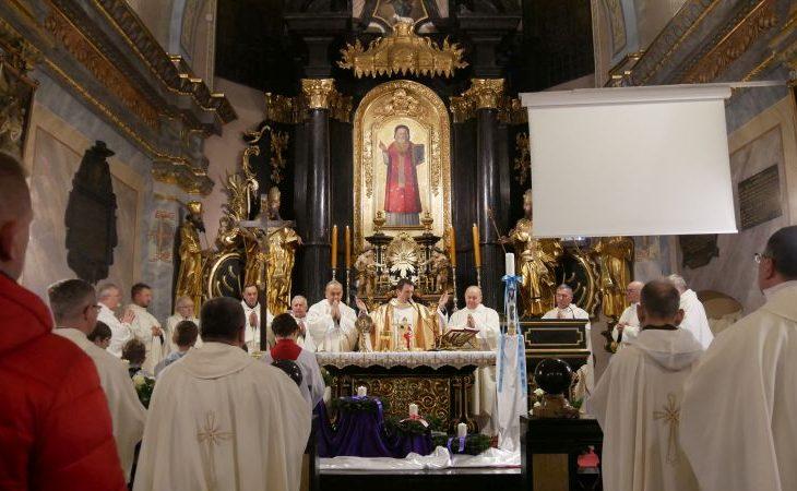 mikolaj krakow 730x450 - Relikwie św. Mikołaja w Krakowie