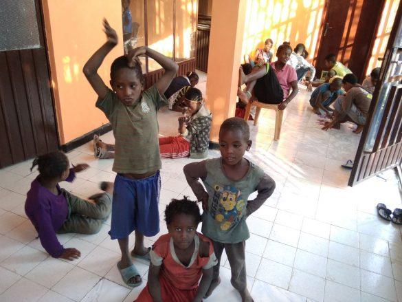 """barkot fundacja dzieci etiopii 2 585x439 - Prosimy o wsparcie! Fundacja Dzieci Etiopii """"Barkot"""". Perspektywy dla dzieci ulicy"""